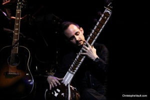 Jeremy on sitar for Classic Albums Live